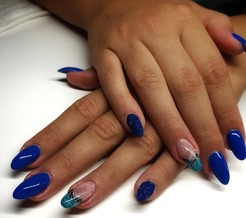 LaNess Nails-home